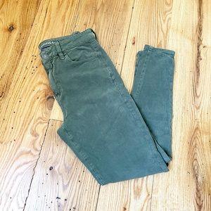AMERICAN EAGLE Hi-Rise Olive Skinny Jeans